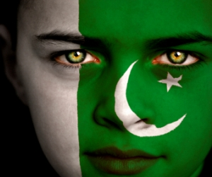 Pakistan Flag Face